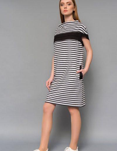 1684 сукня