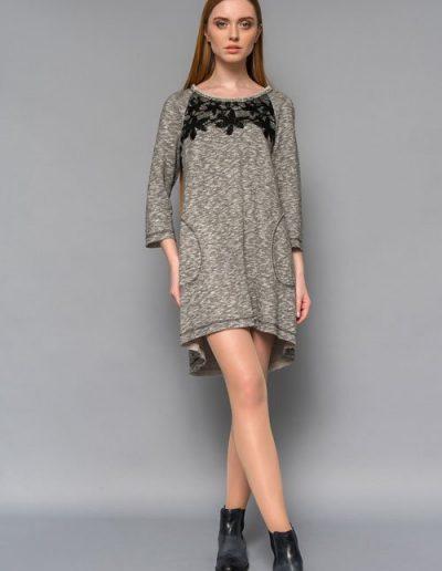 1687 сукня